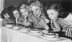 o-WOMAN-EATING-SPAGHETTI-facebook
